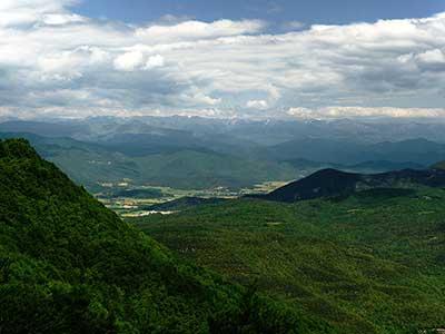 vista vall en bas des de el santuari de la salut